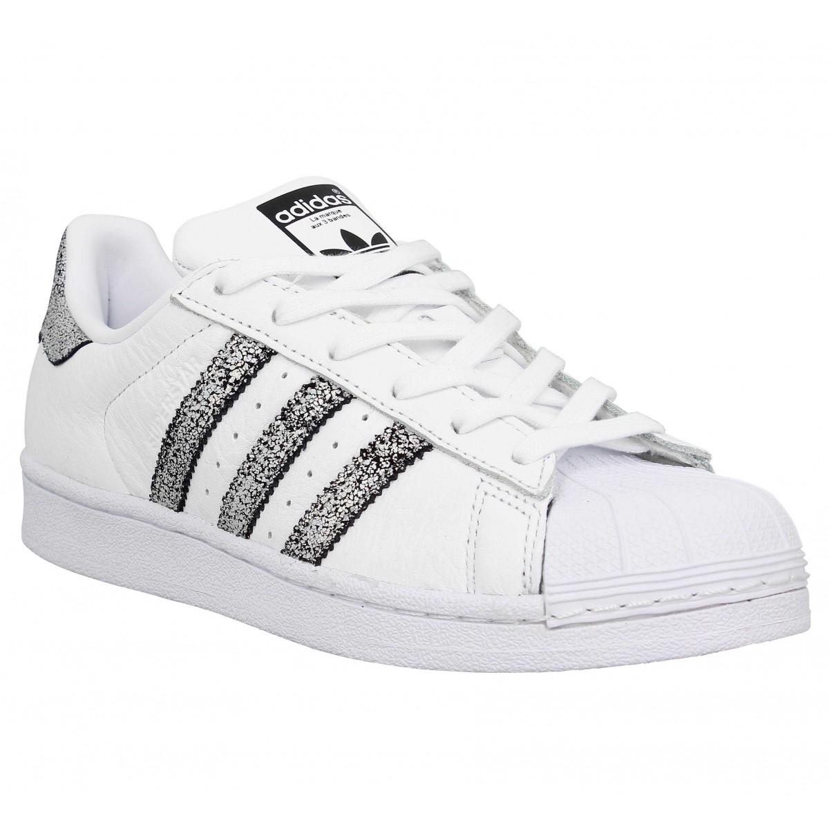 b7e0ba297d0 Nouveaux Designs Chaussures En Cuir Femmes Adidas Superstar II Argent Blanc  XW26850 Pas cher soldes adidas cuir femme